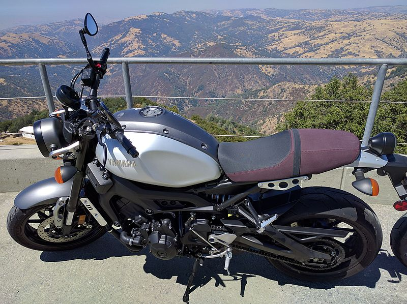 Yamaha XSR 900, la rétro sportive