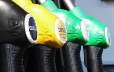 signalétique station carburant